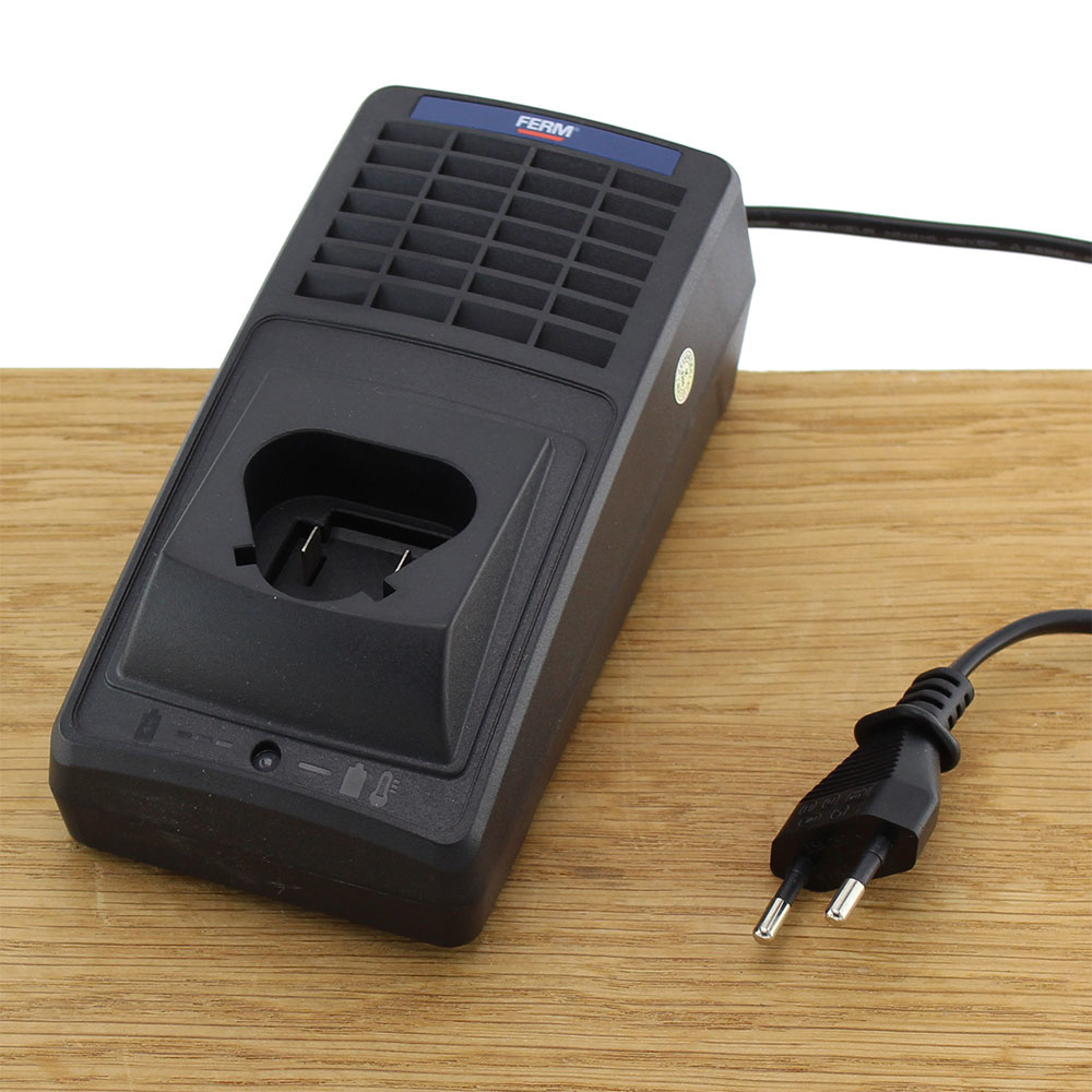 CDA1079S Quick Charger 12.6V 2A