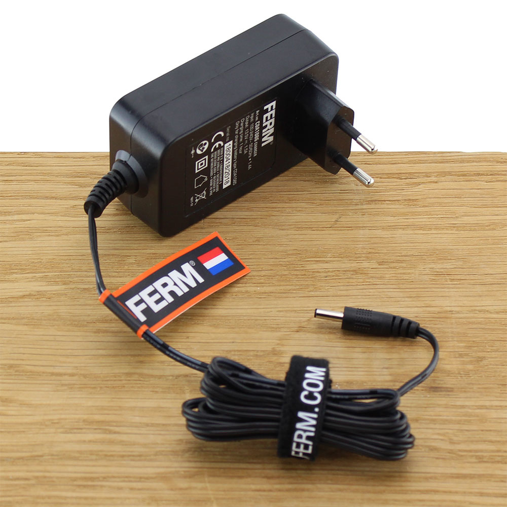 CDA1086 Fast Charger Adapter 10.8/12V