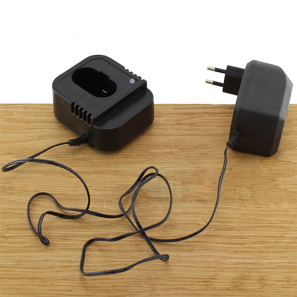 Charger Adapter 16.8V / 2.4A voor boormachines